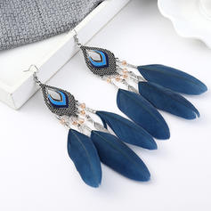 Beautiful Exotic Alloy Feather Women's Earrings
